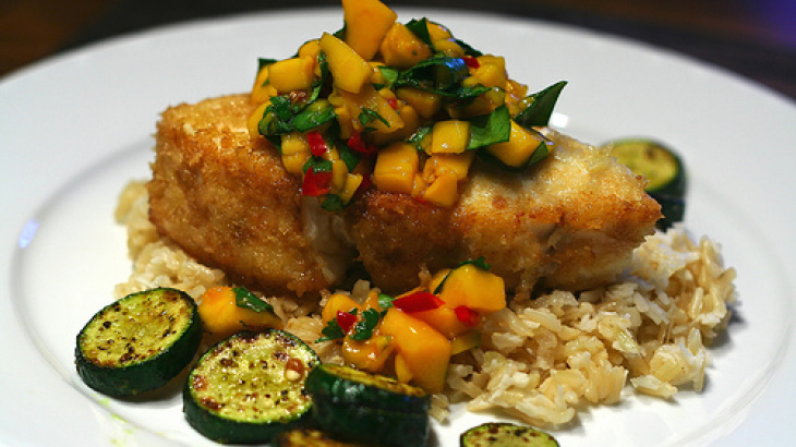 Baked Chicken Breasts With Mango Chutney Sauce