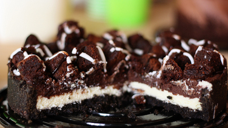 British Chocolate Cheesecake