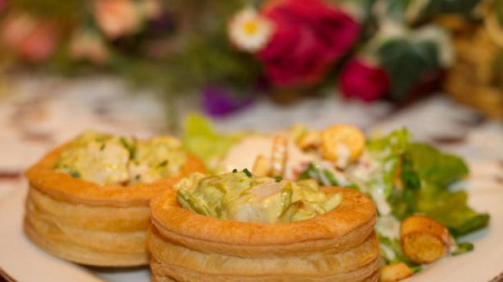 Chicken and Asparagus Vol-Au-Vents