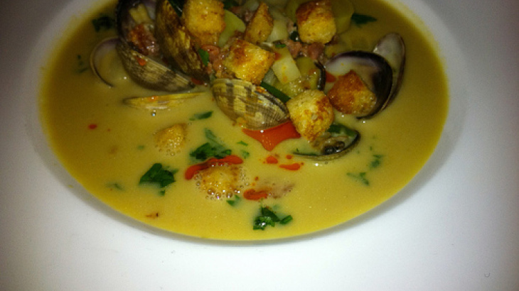 Clams in Spicy Coconut-Lime Broth