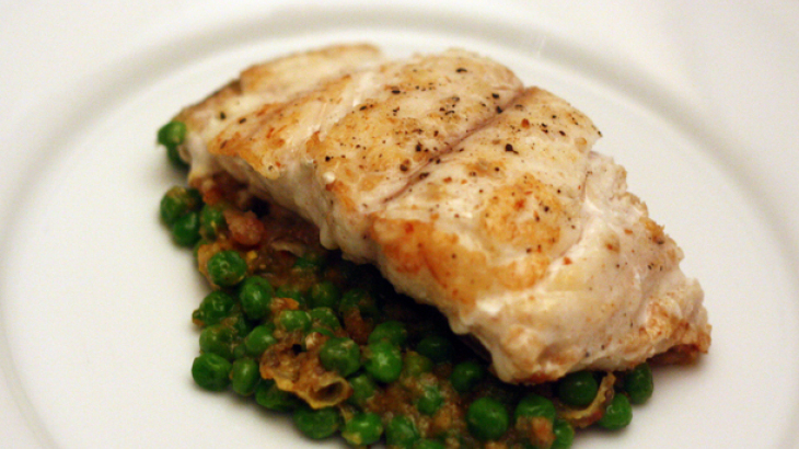 Dinner Tonight: Grouper with Peas and Saffron (Mero en Amarillo)