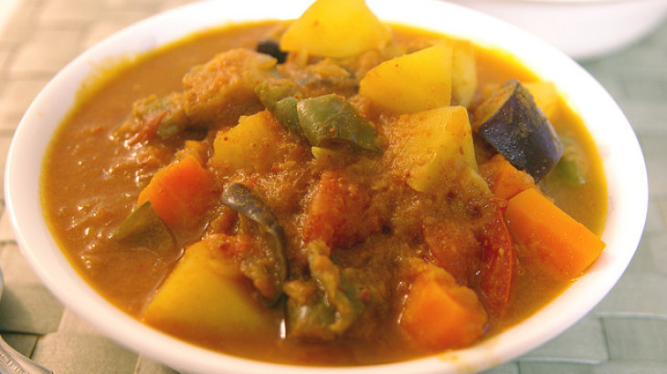 Fruit and Vegetable Curry