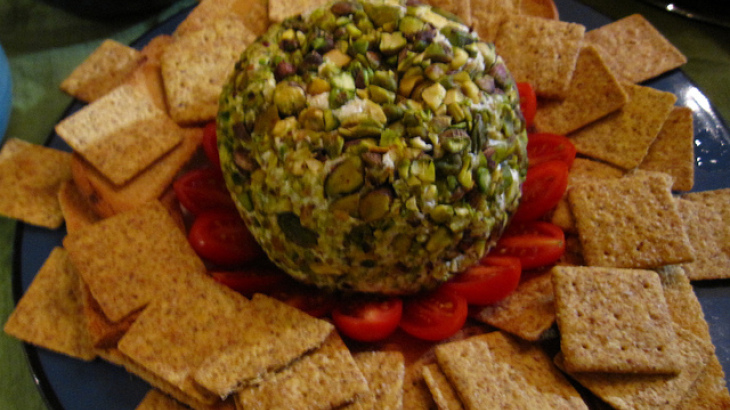 Laurie's Cheese Ball