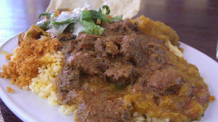 Masoor Pulao (Layered Minced Lamb and Lentils With Rice)