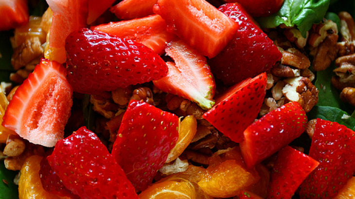 Nutty Flavored Fruit Salad