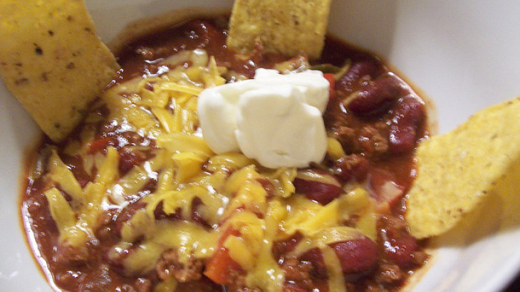 Thick and Spicy Chili With Beans